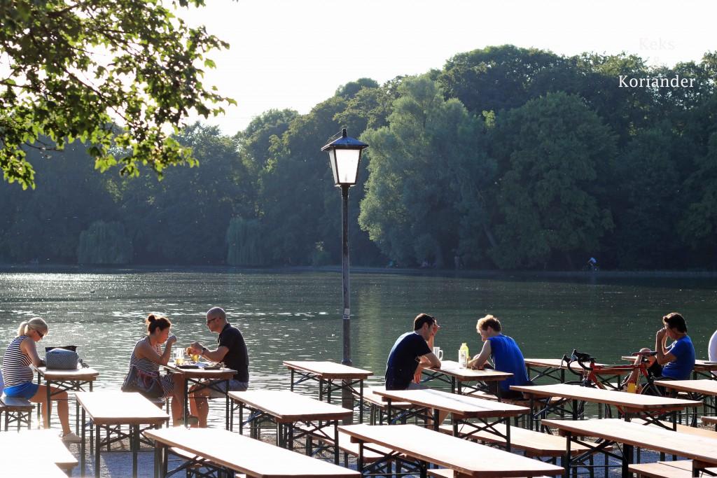 Biergarten am Großhesseloher See Englischer Garten München