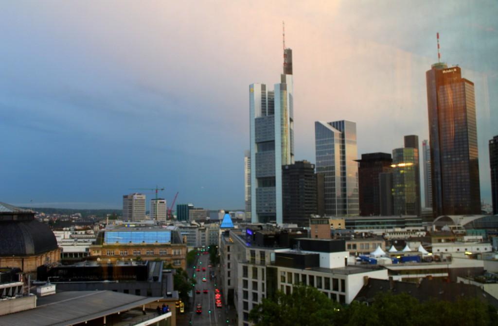 frankfurt-ausblick-hilton