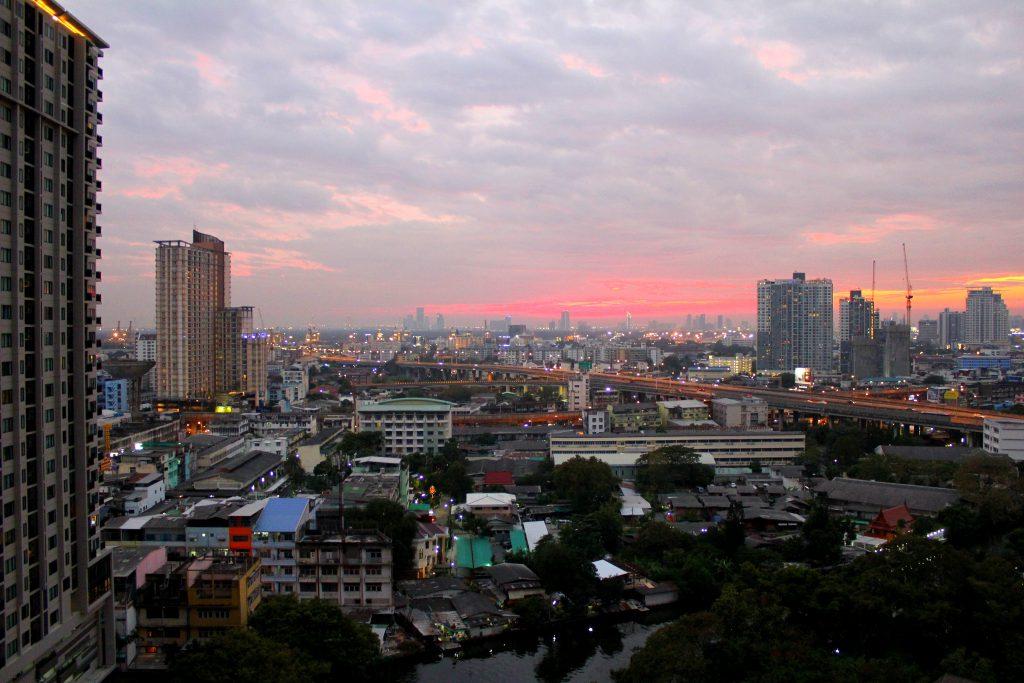 bangkok-skyline2