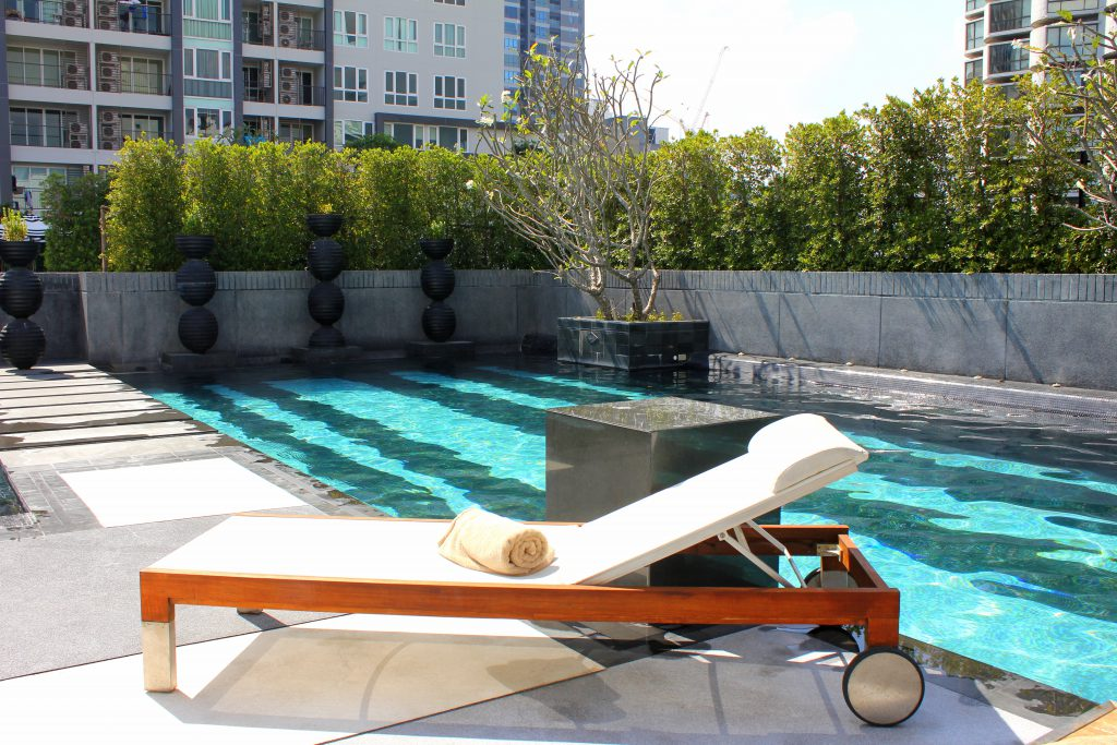 Mövenpick Pool