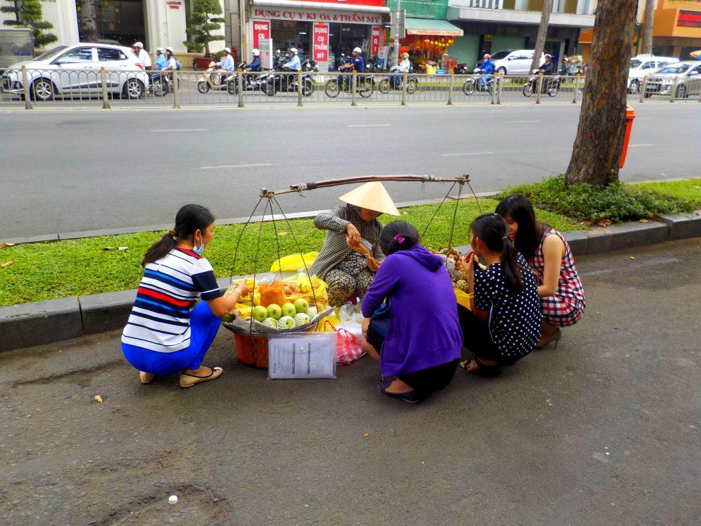 Ho Chi Minh Straßenverkäuferinnen