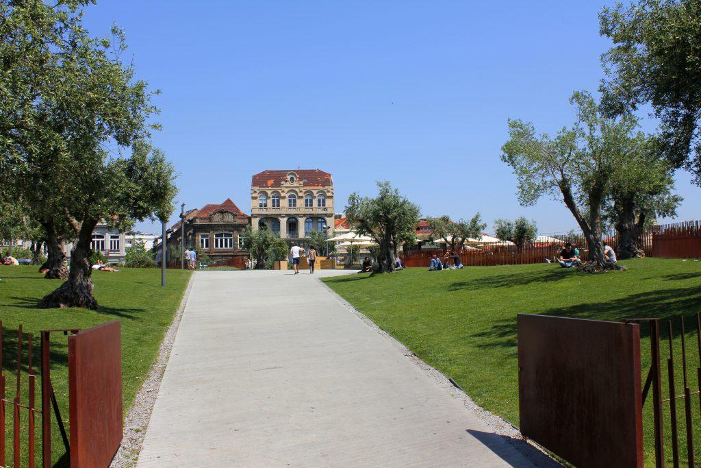 Porto Eingang Base