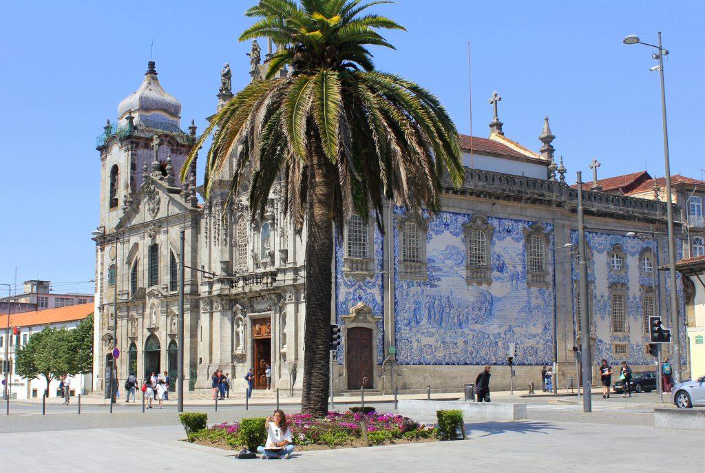 Porto Platz Kirche2