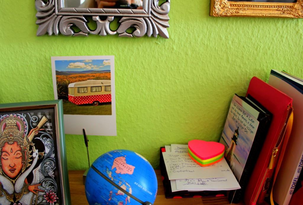 Wohnung Reisedinge Schreibtisch
