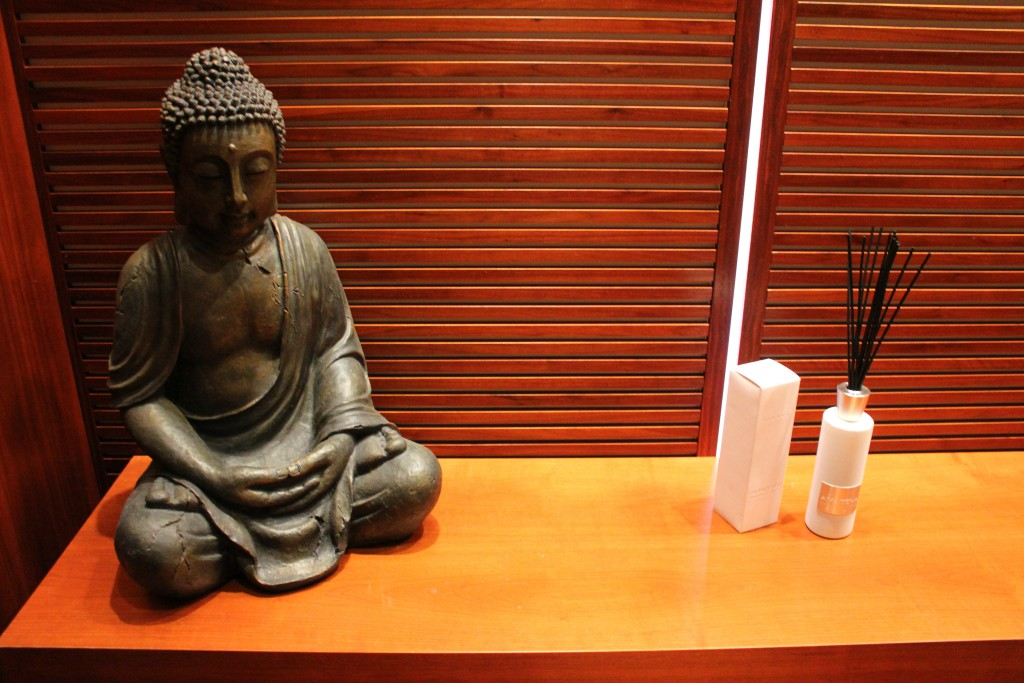 frankfurt-jumeirah-buddha