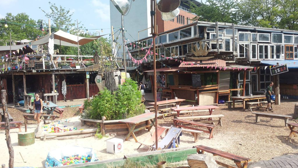 Berlin-hot-spots-holzmarkt