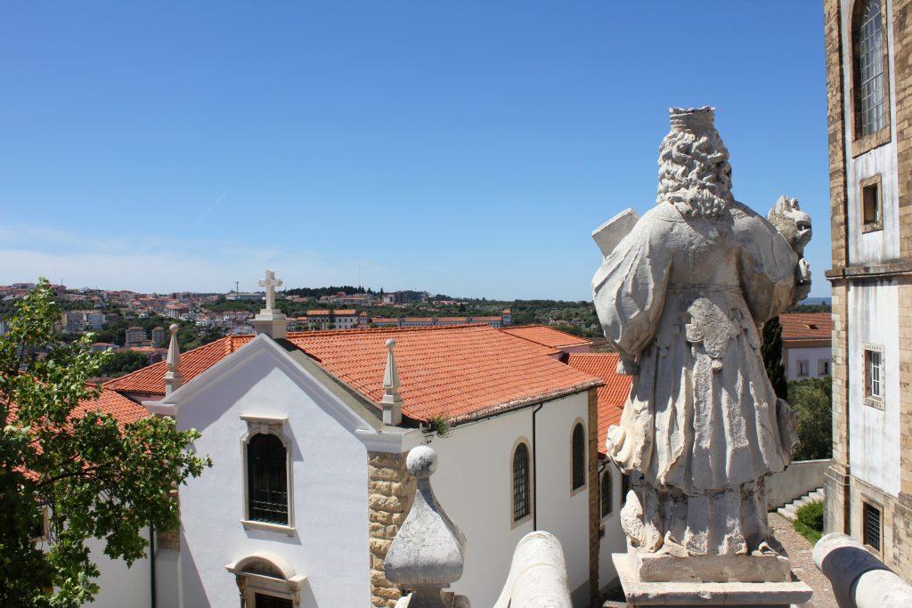Coimbra Uni Statue