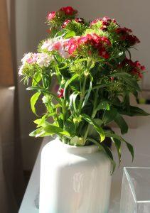 blumenmuster-vase